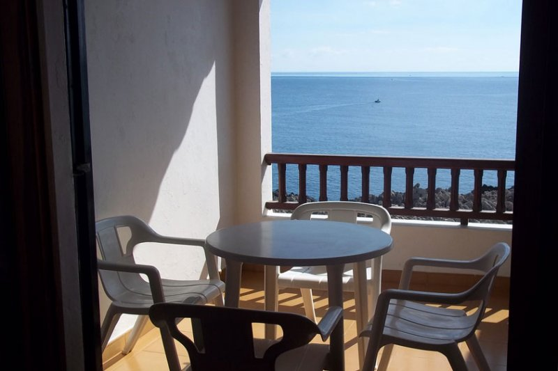 Terrace overlooking the sea of Menorca, from the Rocas Marinas 4 apartment.