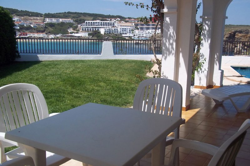 View from the Arco Iris 2 apartment towards the terrace.