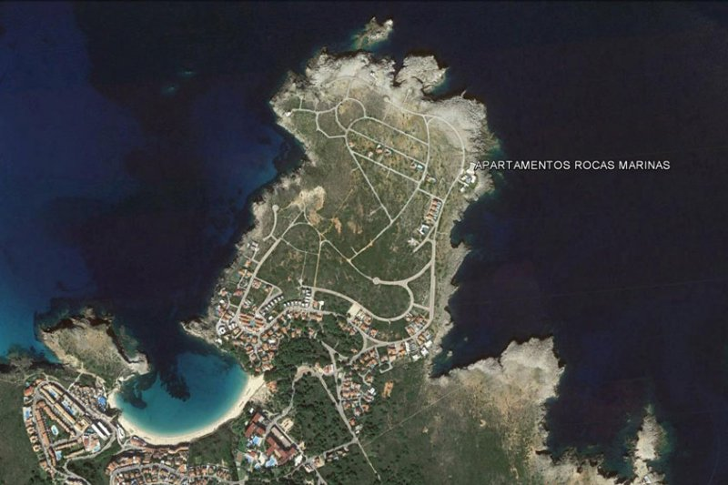 The Rocas Marinas Apartment Complex is located in the North of Menorca.